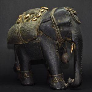 Elefante In Legno
