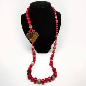 Corallo Bambù Con Amuleto In Giada