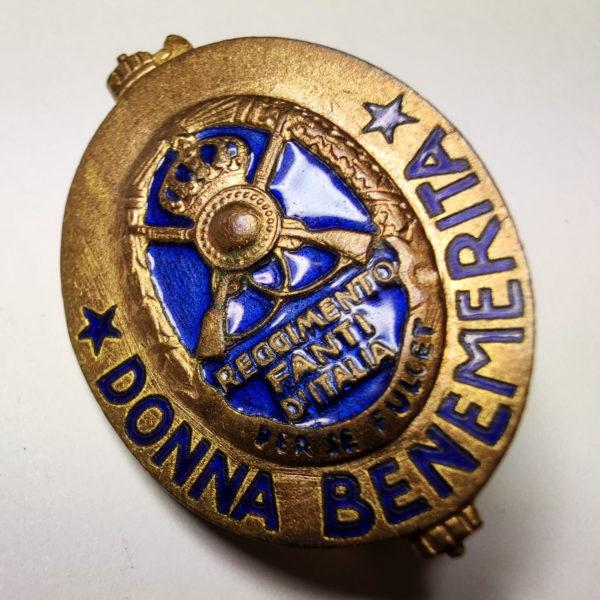Distintivo Donna Benemerita